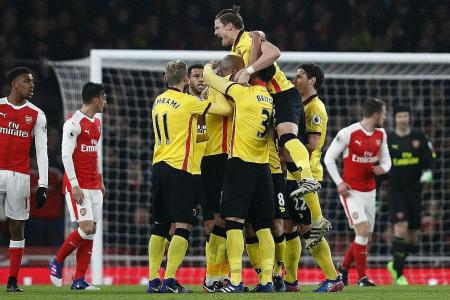 Wenger questions Gunners' mentality