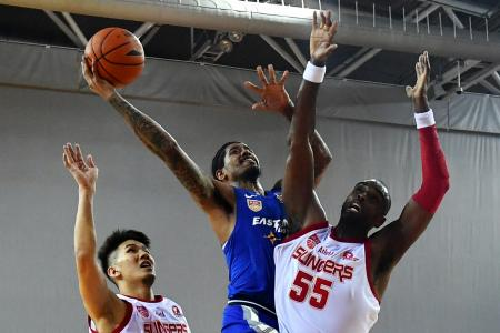 Singapore Slingers suffer meltdown at OCBC Arena
