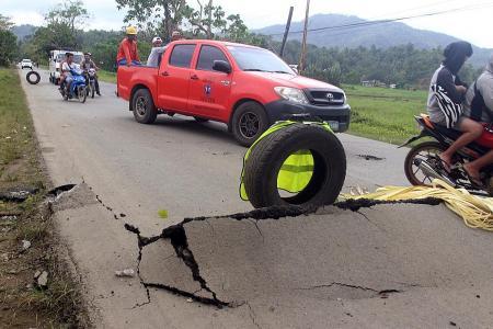 Earthquake, roadblock