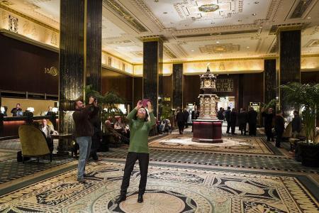 Waldorf Astoria closes for makeover