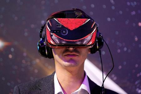 Treating mental health issues with VR