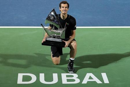 Andy Murray strolls to Dubai triumph