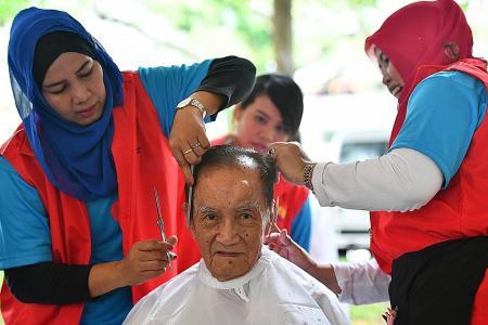 Fancy a haircut, uncle?