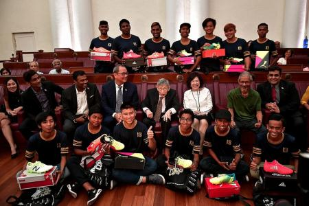 Veteran politician Chiam launches sports foundation