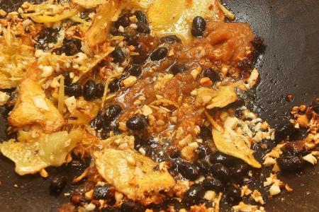 Stir-fried fish belly with bittergourd
