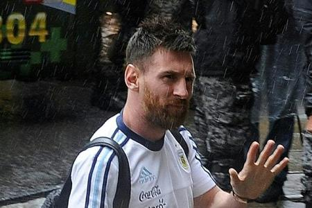 Argentina cry foul over Messi ban