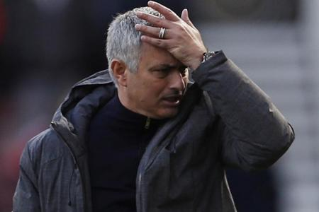 Neil Humphreys: Mourinho must stick to the Man United way