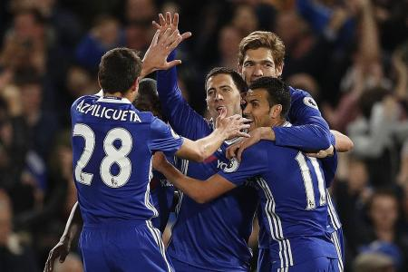 4 reasons why we should just give the EPL title to Chelsea