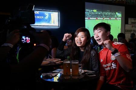 Bonding time at the TNP Sports Bar