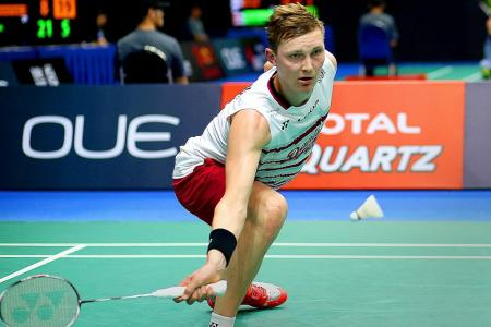 Axelsen shocked in opening round