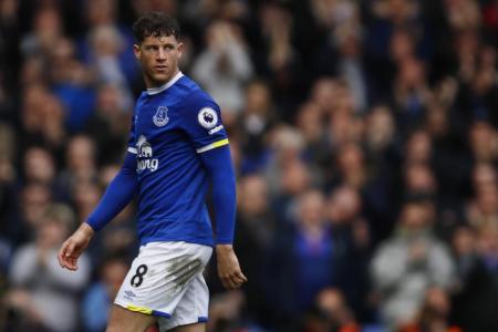 Barkley puts bad week behind him as Everton beat Burnley