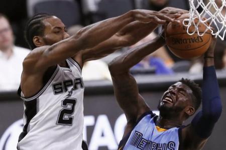 Spurs maul Grizzlies, Cavs down Pacers