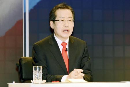 Hong denies 'date rape confession'