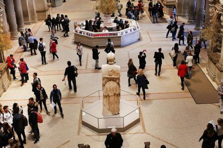 Metropolitan Museum mulls setting fixed admission fee