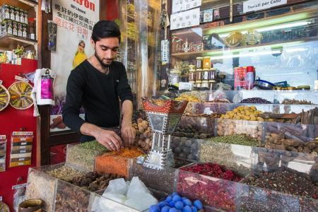 Traditional fun in modern Dubai