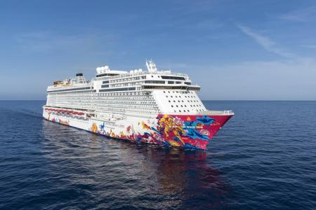 Cruise in luxury on board the Genting Dream
