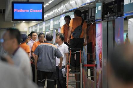Faulty doors cause delays on Downtown Line