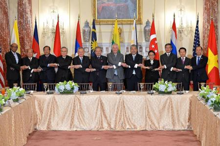 Tillerson urges Asean to do more to cut N. Korea funding