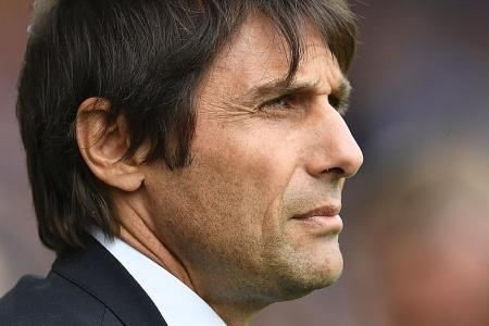 Conte urges Chelsea to go for the kill