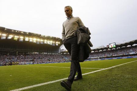 Jose: English managers can learn from Bobby Robson