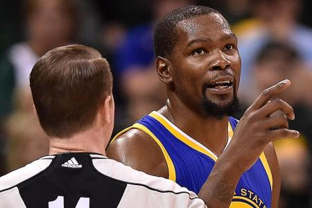 Durant on fire as Warriors down Jazz