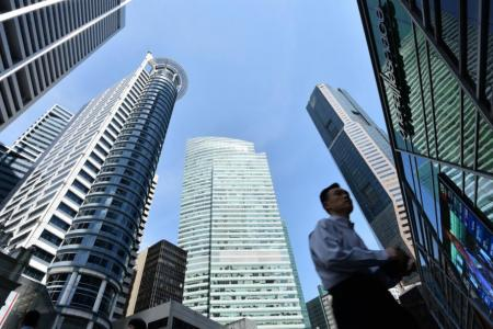 Accountants, bankers, healthcare workers well paid this year