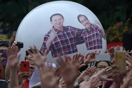 Supporters rally for Ahok; he says 'fight not over yet'