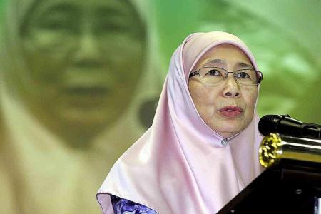 Wan Azizah happy to be 'seat-warmer'