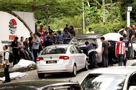 Robbers in KL shot dead