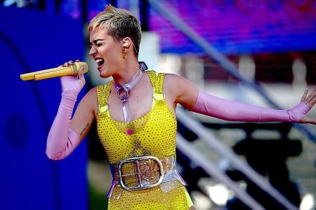 Katy Perry unveils new album, announces tour