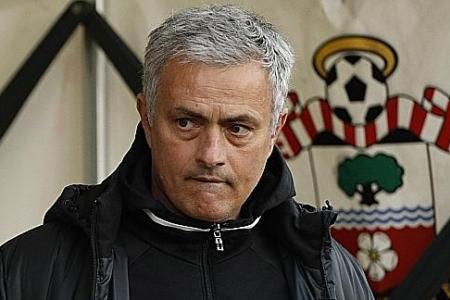 Mourinho: Don't kill me for playing kids