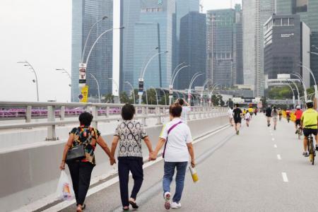 Top cities shifting towards car-lite future