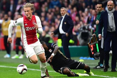 Dazzling Dolberg can down United