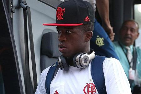 Real sign Flamengo's 16-year-old striker Vinicius