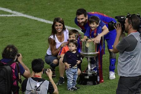 Barca give Enrique a perfect farewell