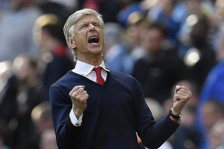 Stop being a dictator, Wenger