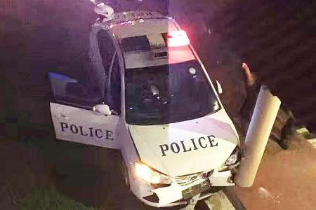 Two cops injured in 10km car chase