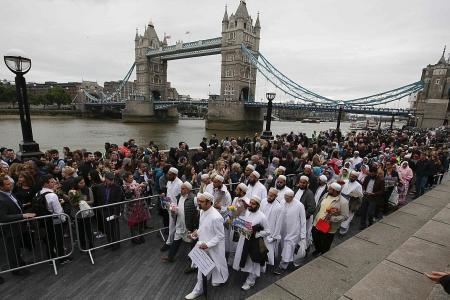 Muslim leaders condemn terrorists