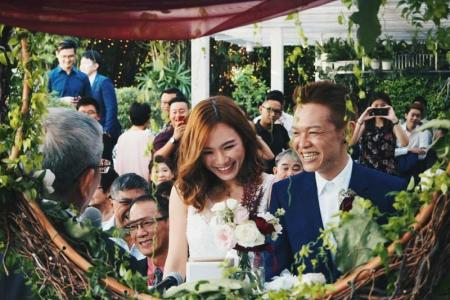 Cancer patient dies 10 months after marrying girlfriend
