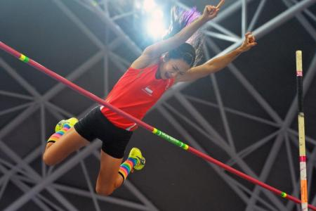 Half-fit Yang rewrites national pole vault record