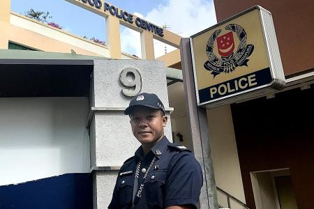 Off-duty cop rescues lost man