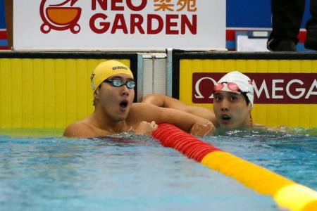 Quah Zheng Wen breaks own national record in 200m backstroke