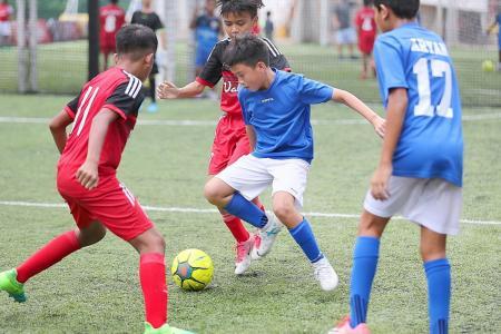 Tamil Murasu's futsal tournament kicks off to roaring success