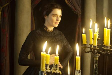 Movie review: Get caught in My Cousin Rachel's web