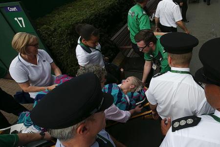 Mattek-Sands suffers horrific knee injury