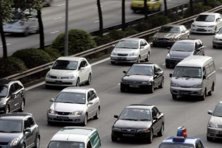 Record number of car owners extending COEs