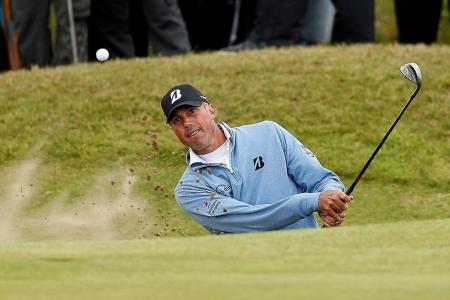 Kuchar in strong position 