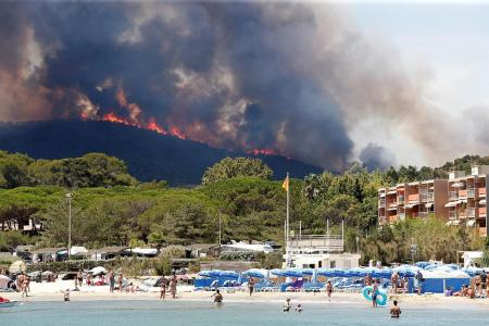 Fires in France force 10,000 out of homes