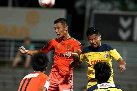 Leaders Albirex stretches lead to four points