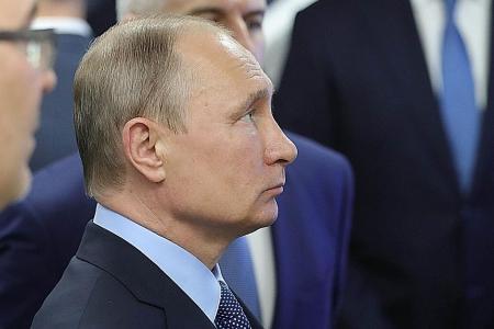 Putin orders US to cut 755 diplomatic staff